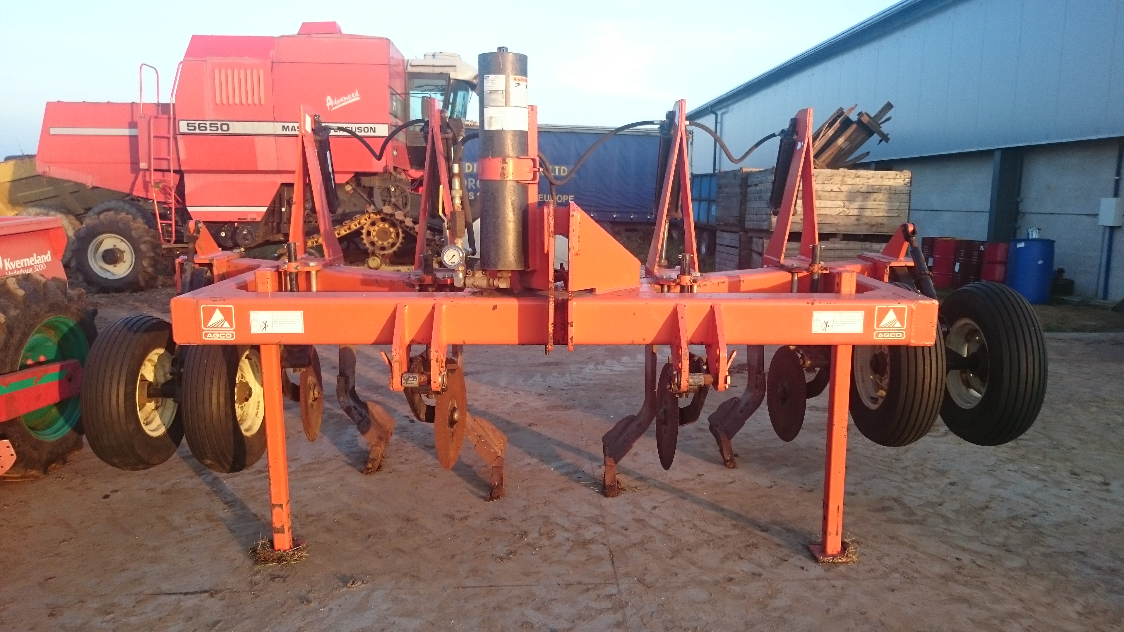 Grass heavy duty subsoiler