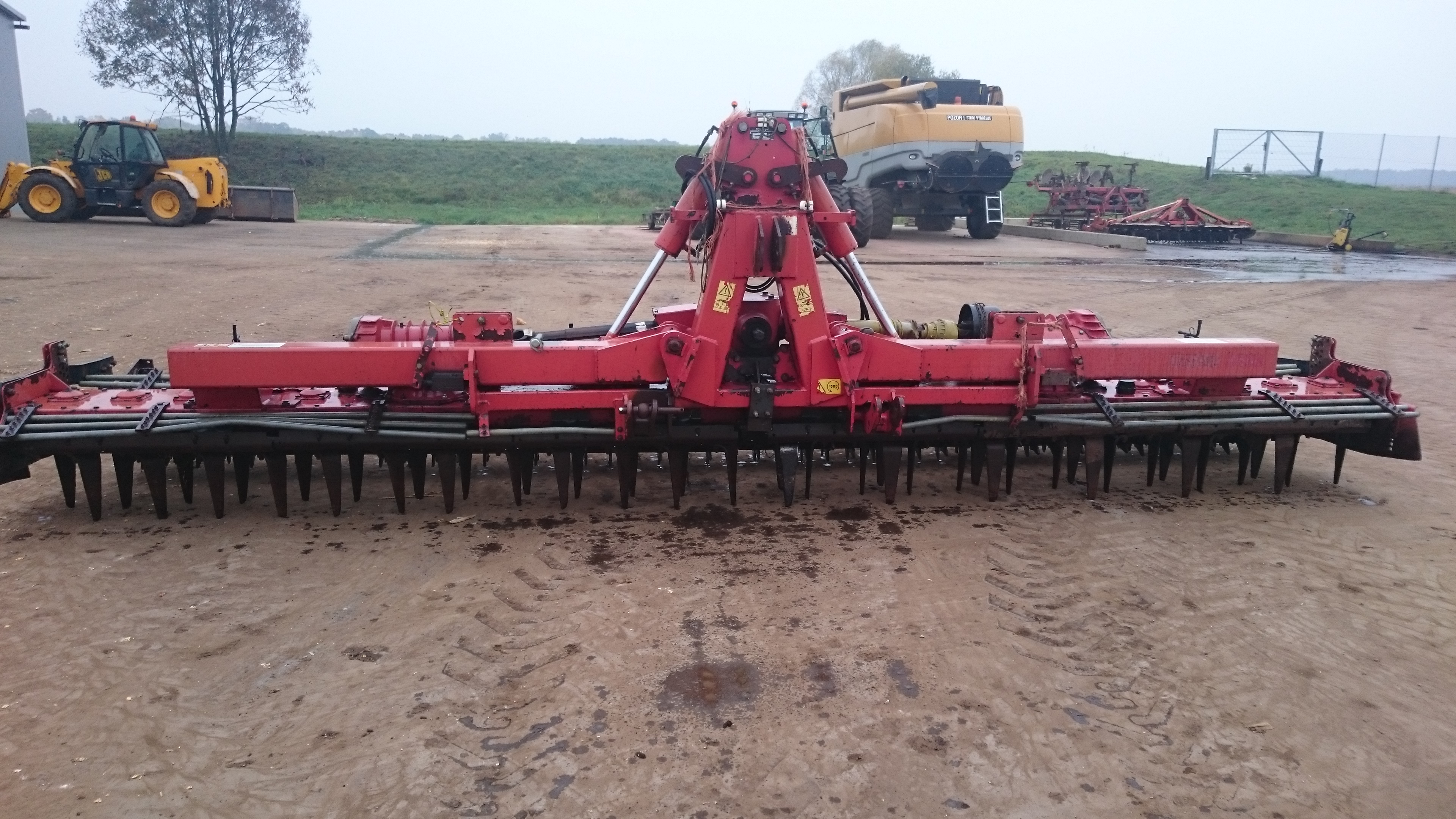 6 Metre vicon power harrow