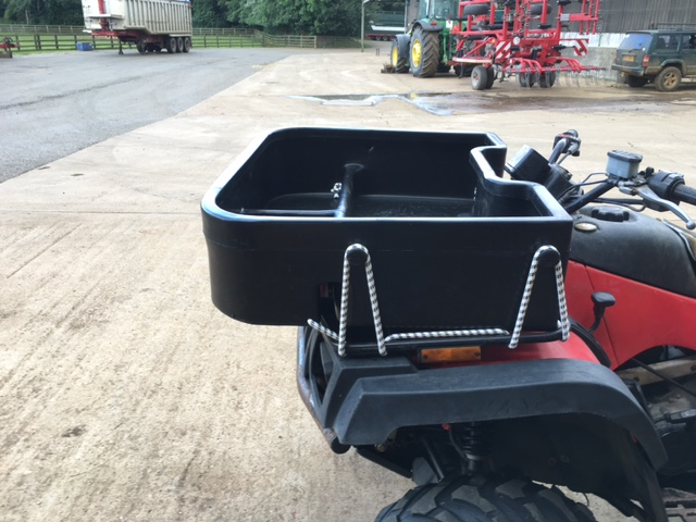 Trunk box for quad bike
